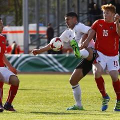 Güven Yalcin debütiert für den DFB